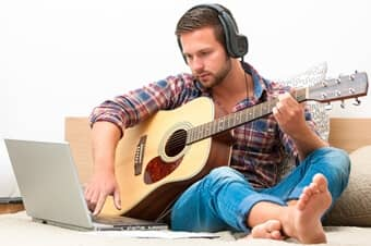12 tips for the self taught guitar player scales chords. Black Bedroom Furniture Sets. Home Design Ideas
